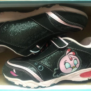 Shoes - NWT Angry Birds Girls Light-Up Sneakers  YOUTH 2